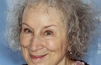 220px-Margaret_Atwood_2015.jpg